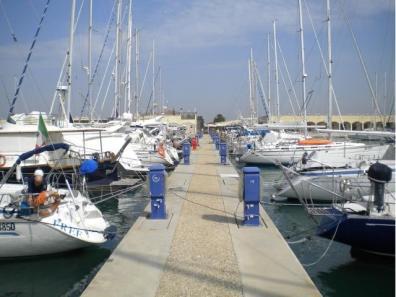 Posti barca nel porto di Ostia (RM)