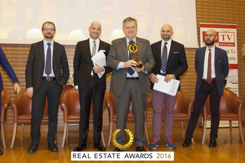 "MLS REplat ""Miglior MLS"" ai Real Estate Awards 2016"