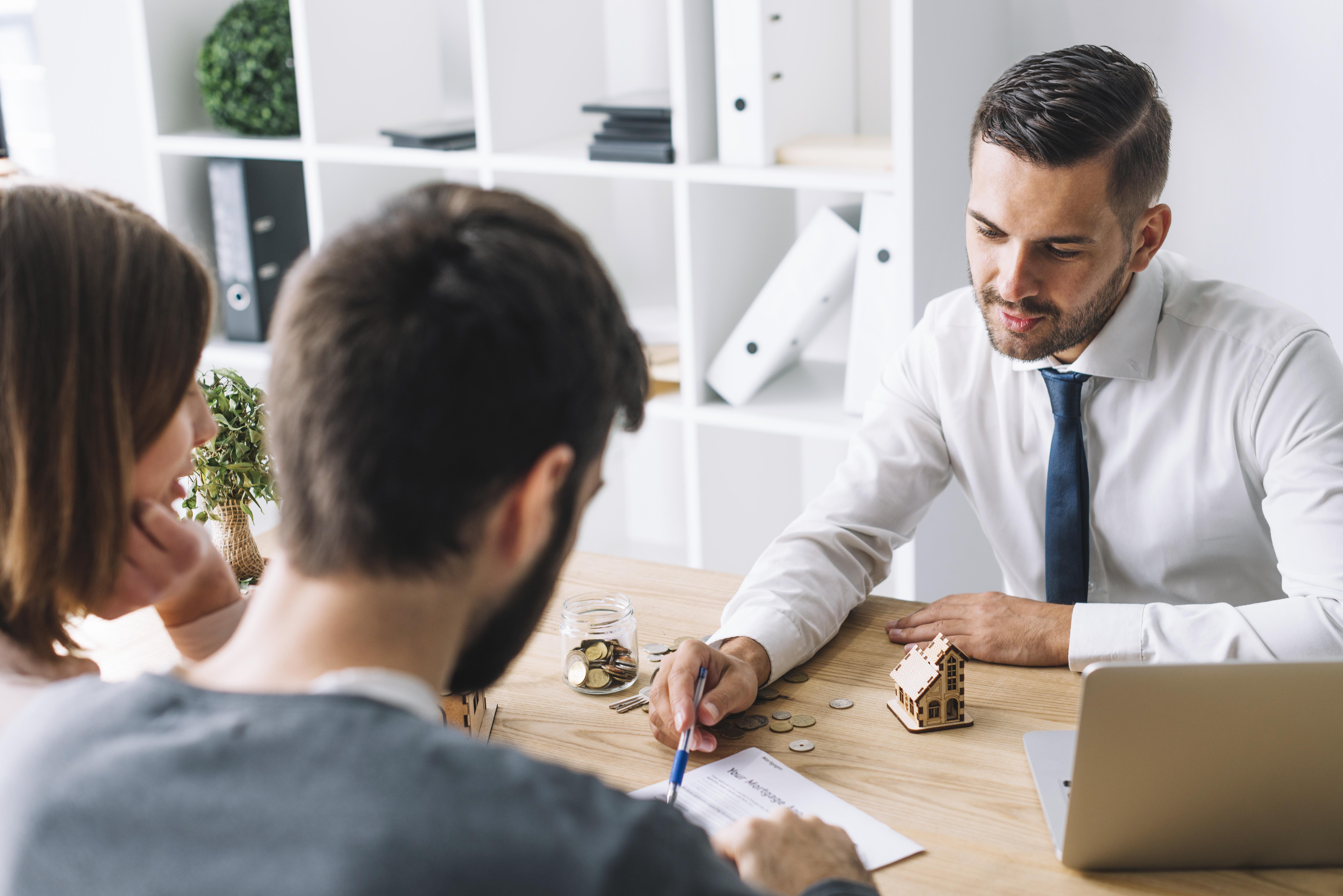 """I clienti vogliono agenti immobiliari """"di parte"""". Come trovarli? Nei sistemi MLS"""